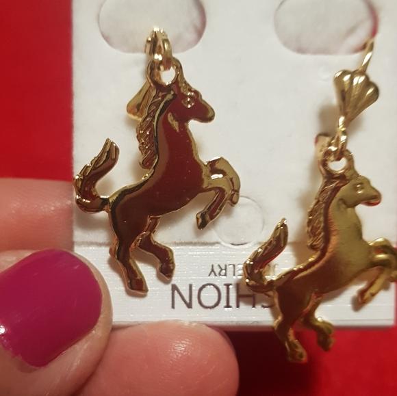 Unique pair of horses earrings